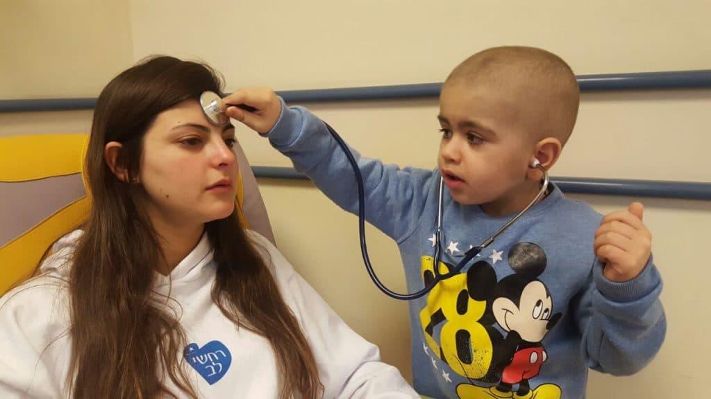 עמותת רחשי לב מסייעת בקידום המחקר במחלות סרטן ילדים